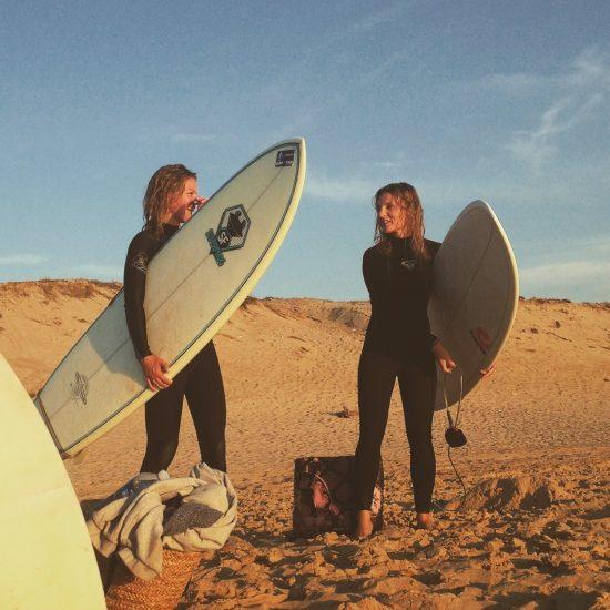Les débriefs de fin de session sont souvent le moment de partager un super moment sur le sable avec vos amis / famille