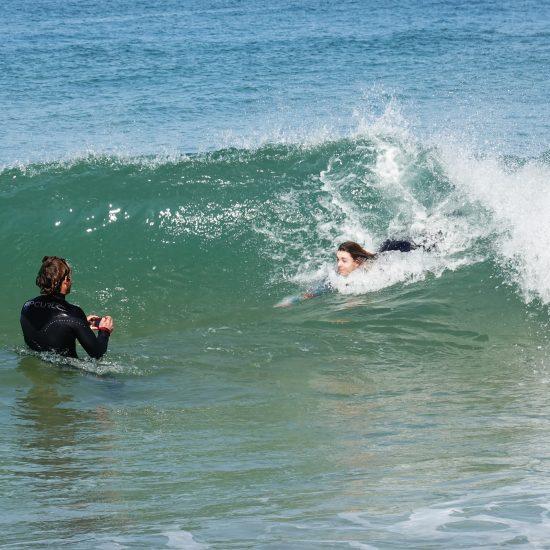 Le bodysurf est la base de la glisse, je vous ferai travailler votre engagement et votre aisance dans l'océan pour ne pas avoir peur des vagues