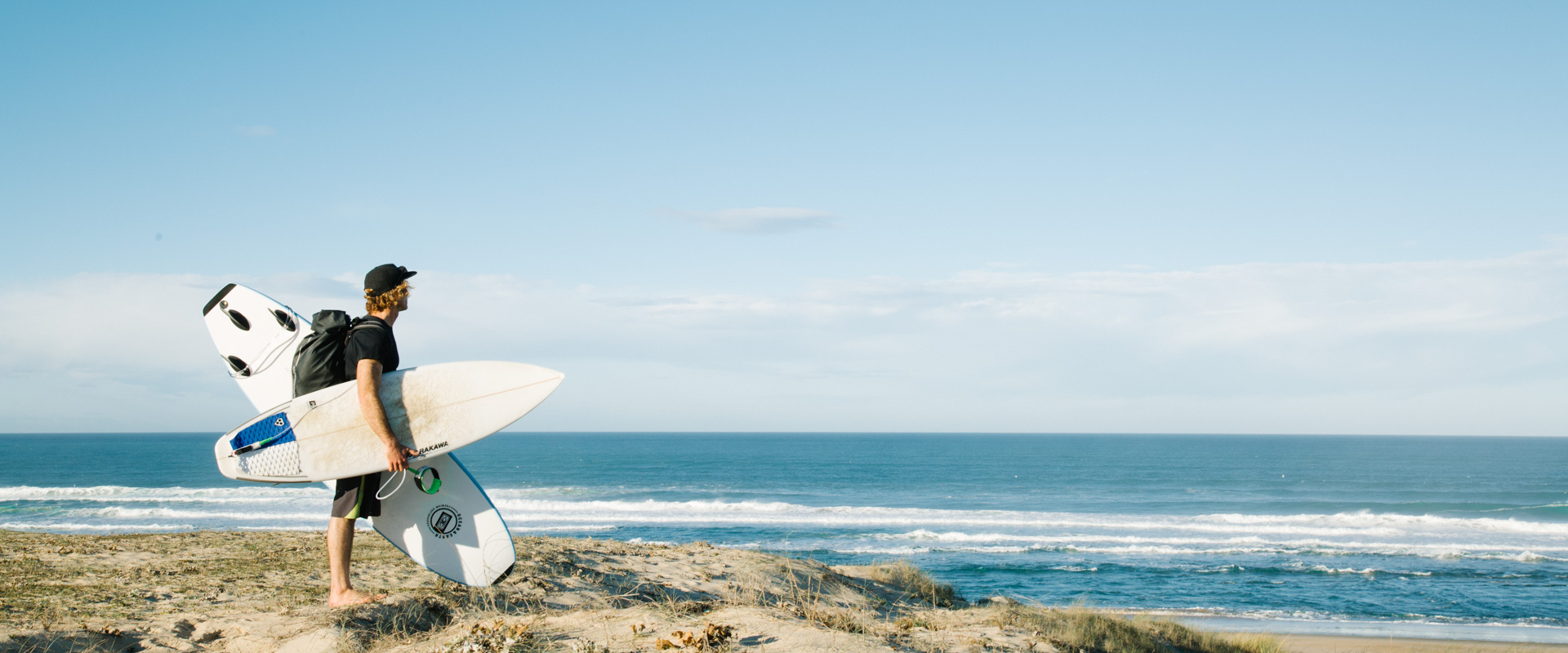 Surf Guides Hossegor - Raphael Tutenuit with his surfboards on the Hossegor beach